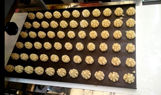 净化车间创造出洁净的加工条件,实现食品无菌化生产